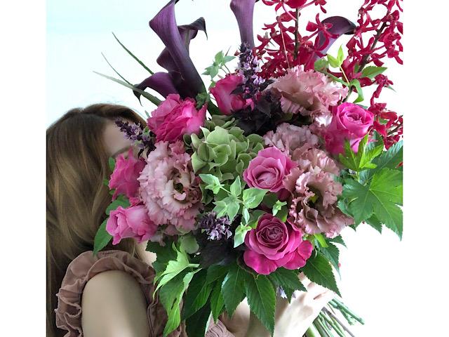 1万円以上する花束を撮影した写真