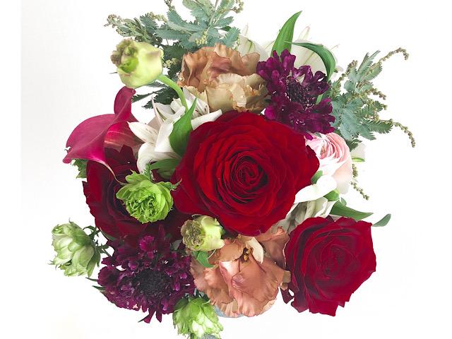 中目黒のおしゃれ花屋ex.flower shop & laboratory(イクスフラワーショップラボラトリー)で購入したブーケを撮影した写真