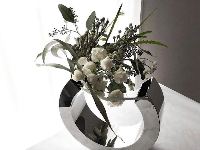 おすすめのPHILIPPI(フィリッピ)の花瓶を撮影した画像