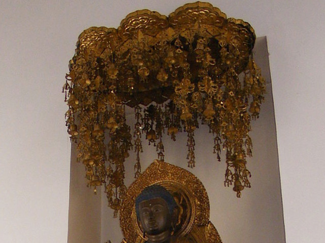 Wikipediaから引用した瓔珞(ヨウラク)の画像