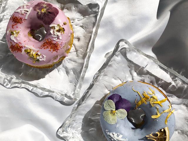 おすすめのお花スイーツgmgmの焼きドーナツを撮影した画像